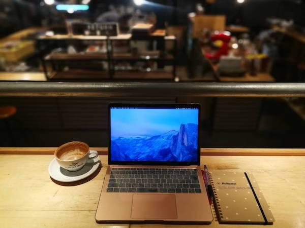 スロージェットコーヒーの店内10