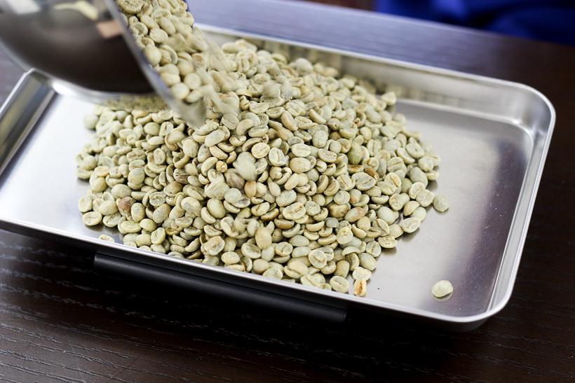 画像:99coffee(NINTEYNINE COFFEE ナインティナインコーヒー)自家焙煎のコーヒー豆 ハンドピック