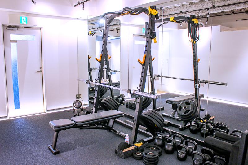 画像:パーソナルトレーニングジムのBEATS恵比寿店で高強度インターバルトレーニングの体験レッスン/ジム内設備