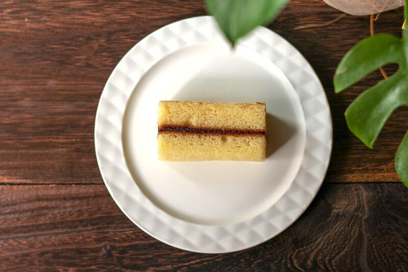画像:北海道のお土産お菓子屋さん六花亭(ろっかてい)のマルセイバターケーキ