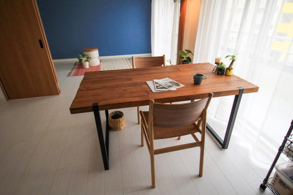 画像:subsclife(サブスクライフ)でレンタルしている家具 ダイニングテーブルとチェア